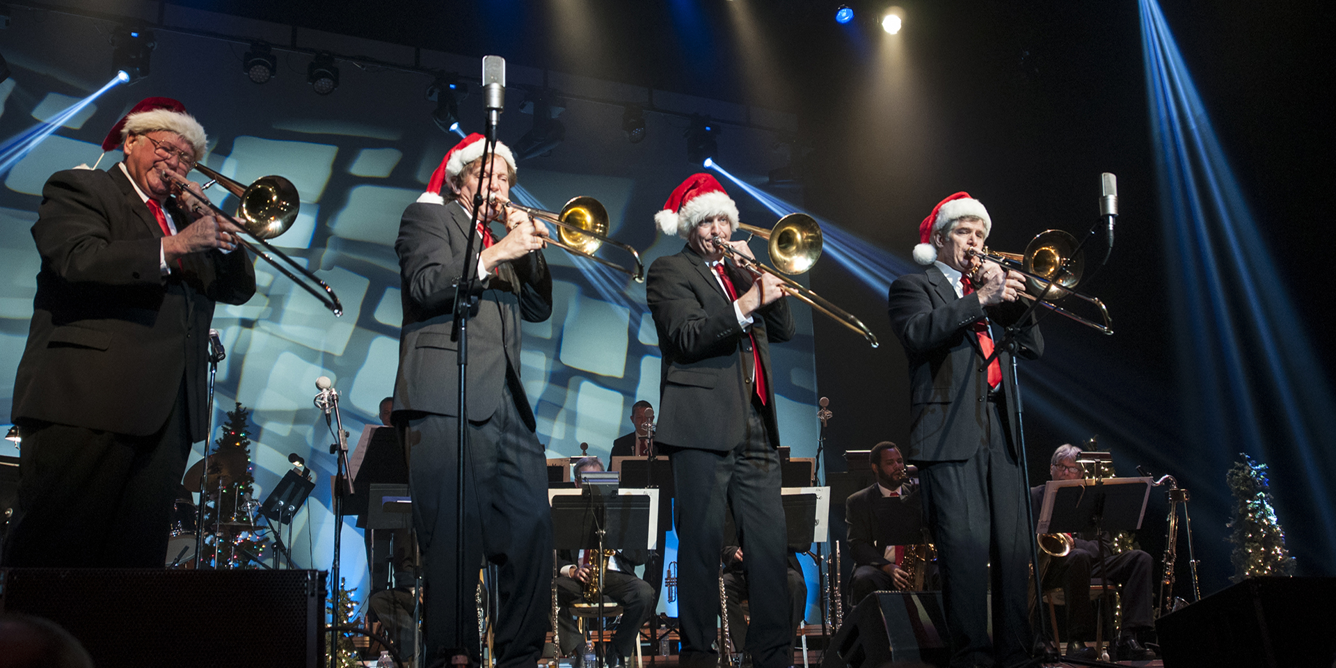Merrill Lynch presents A Swingin\' Christmas with Cyrus Chestnut ...